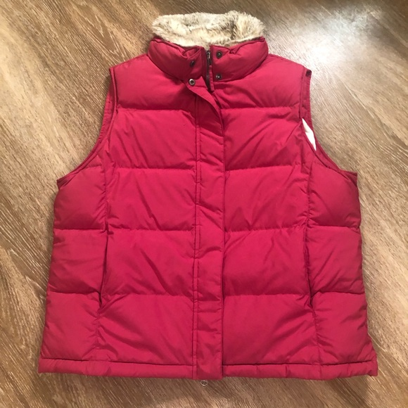L.L. Bean Jackets & Blazers - LL Bean Goose Down Puffer Vest Red XL Fur Collar